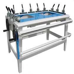 silk stretching machine